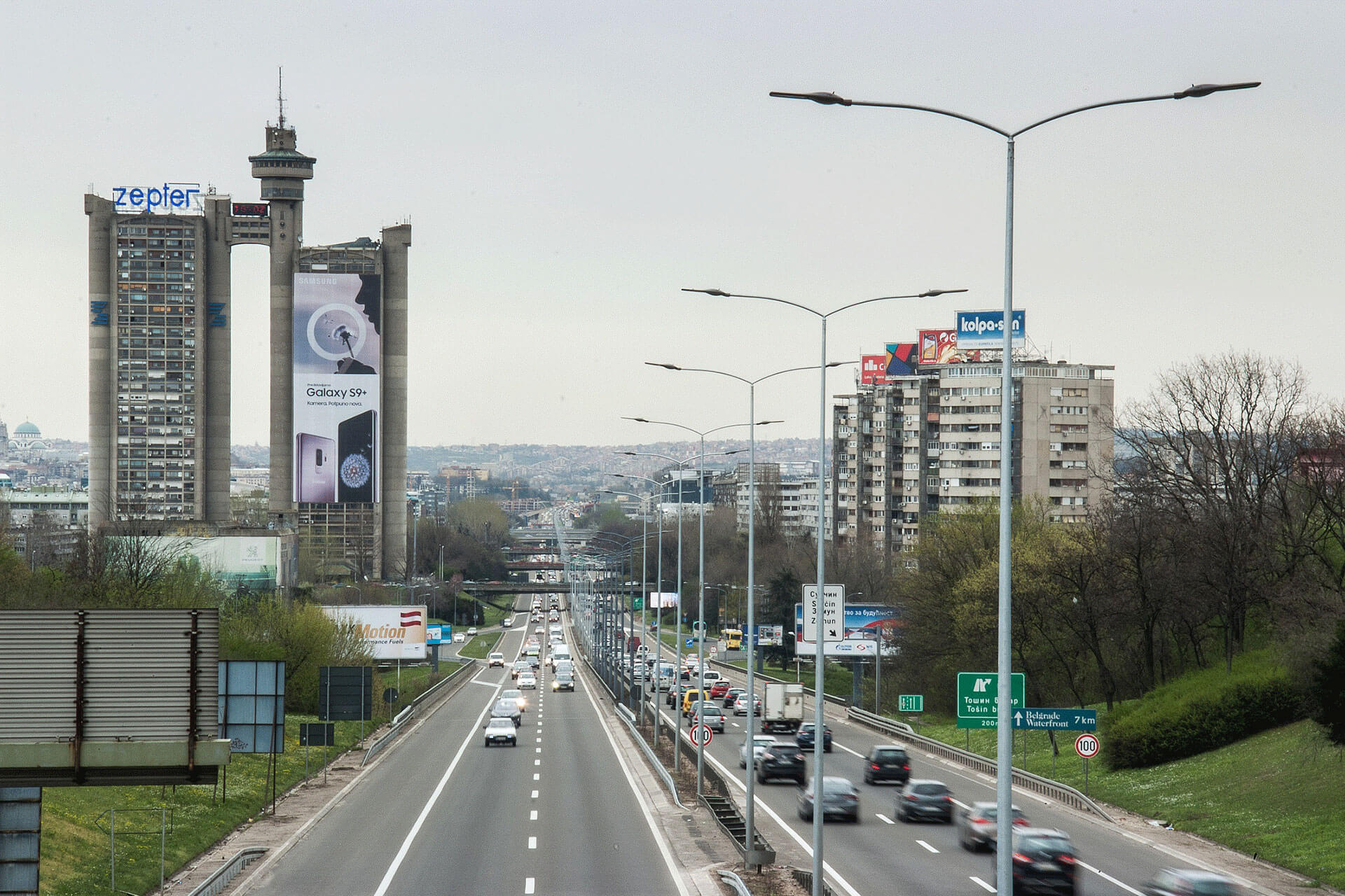 Over 1,300 energy efficient luminaires were installed to light the E75 in Belgrade