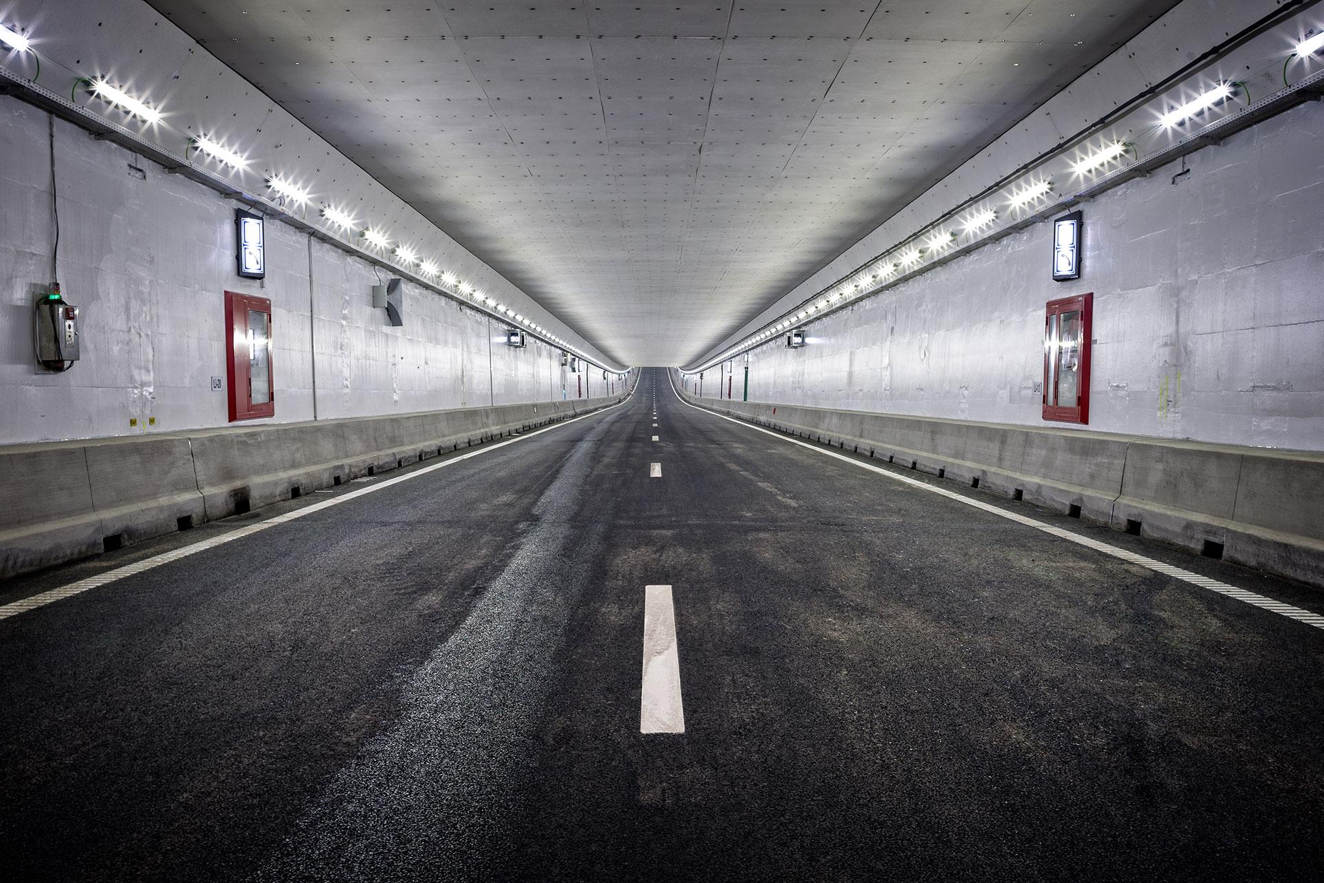 Schréder tunnel lighting solution has created a safe and comfortable experience for motorists in Velser Tunnel