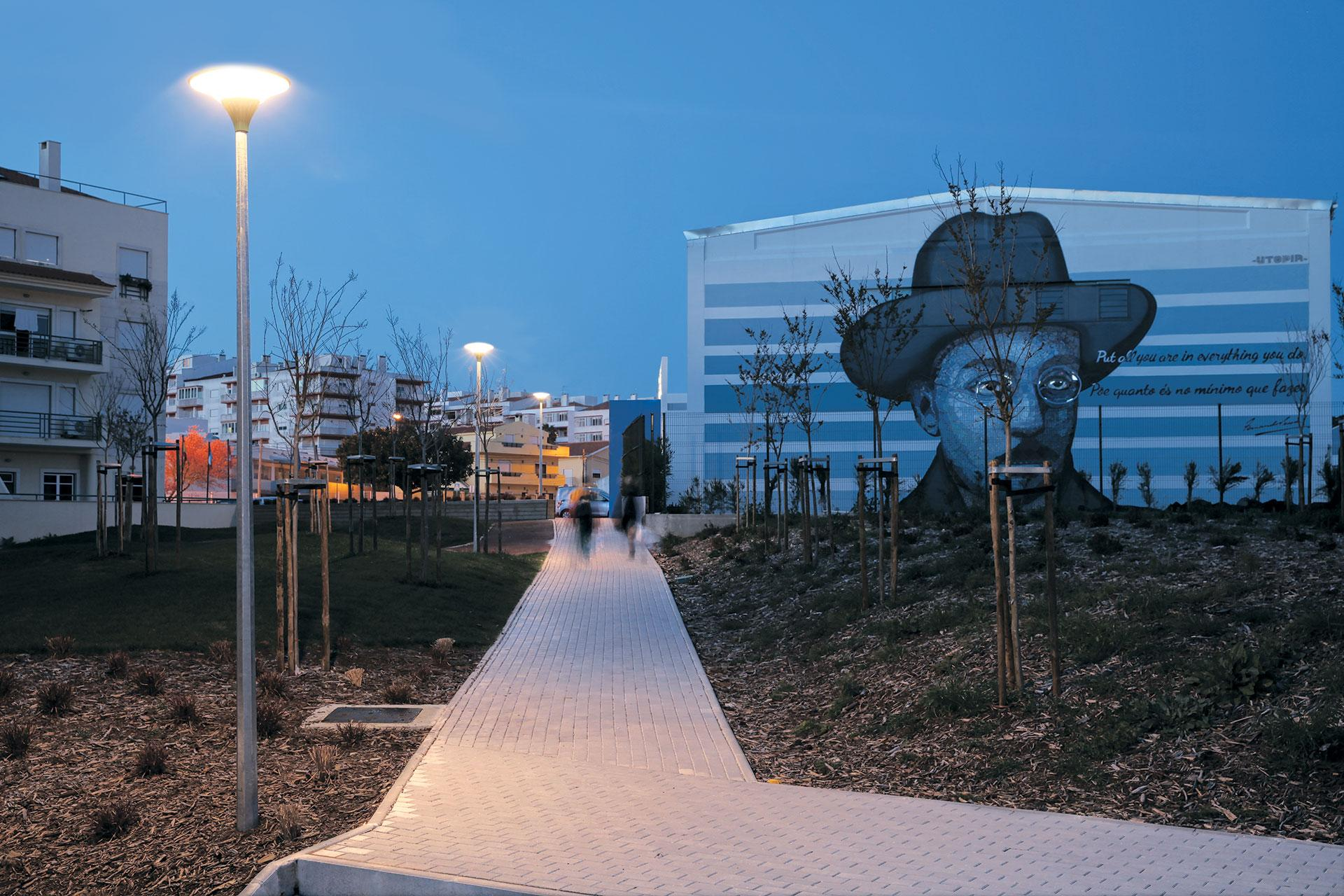 Zela LED luminaire creates warm nocturnal environments so people want to spend time outside at night